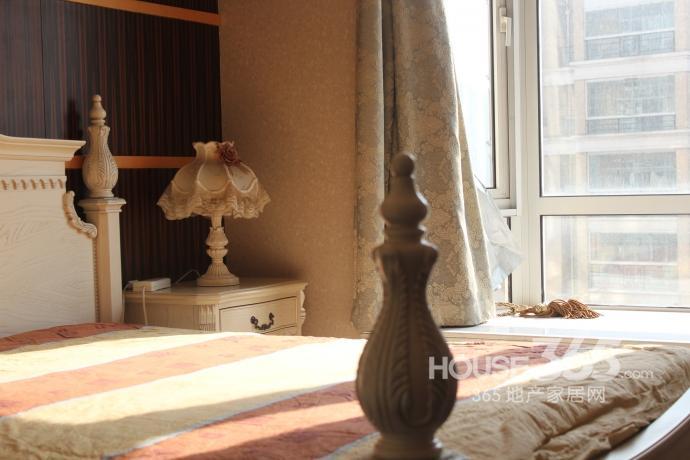 新街口金鼎湾花园3室2厅2卫145㎡整租豪华装