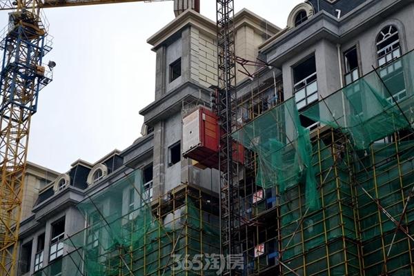 新华联梦想城工程进度(2017.1摄)