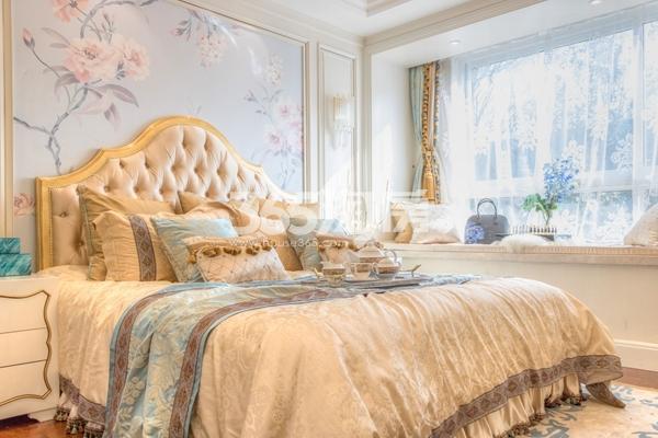 蓝光雍锦里107平高层样板间卧室