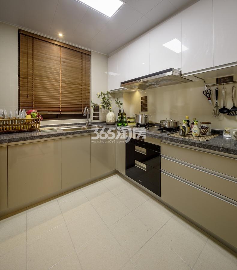新城香悦公馆A3户型125方样板房——厨房