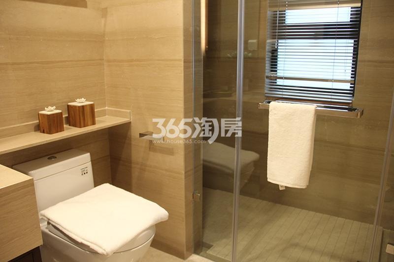 合景映月台E户型170方样板房——卫浴