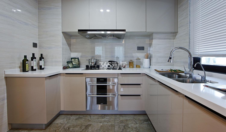 招商远洋春秋华庭126方(D户型)样板房---厨房